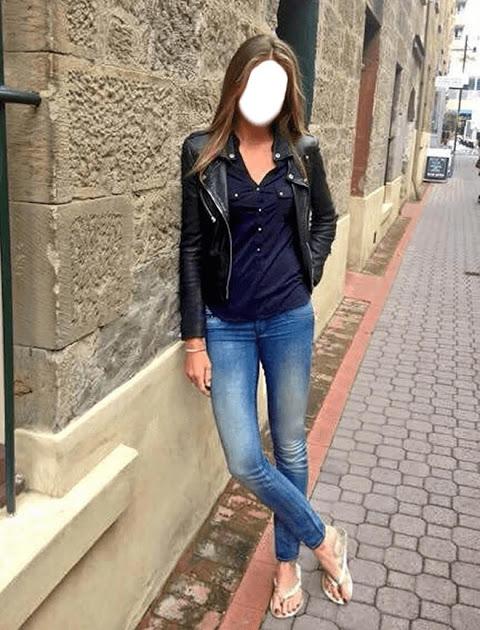 Girls Blue Jeans Selfie 1.5 Screen 1